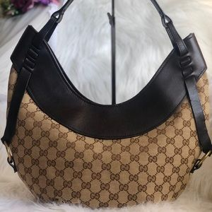 💥💥SOLD 💥💥authentic 100% Gucci  Half Moon